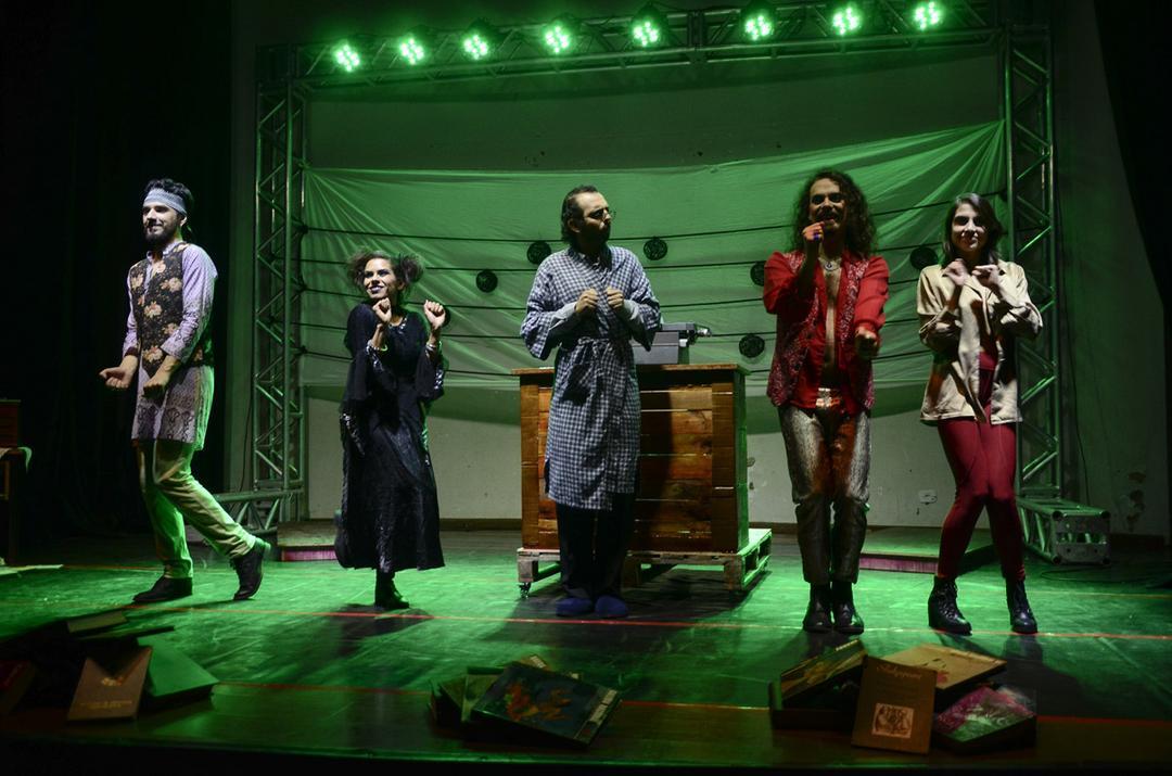 Espetáculo musical chega a Curitiba para resgatar a criança interior do público