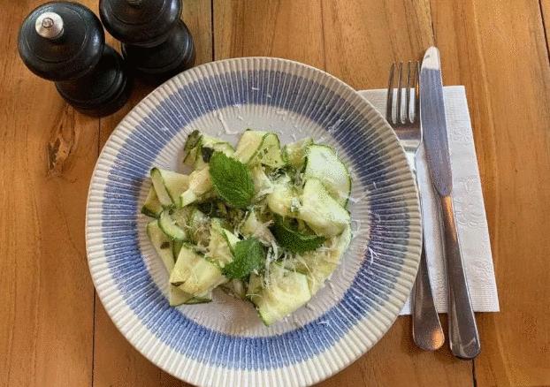 Clássico da culinária italiana, carpaccio tem versão vegetariana de Jamie Oliver