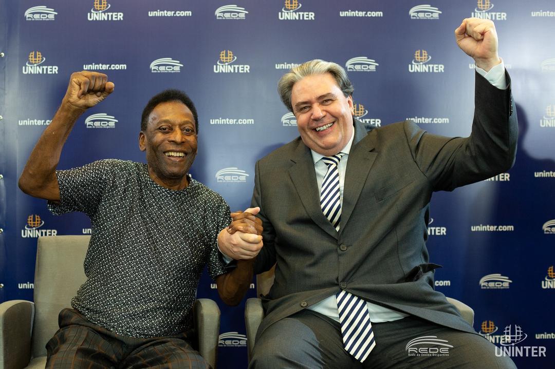 Pelé é embaixador dos cursos desportivos da Uninter