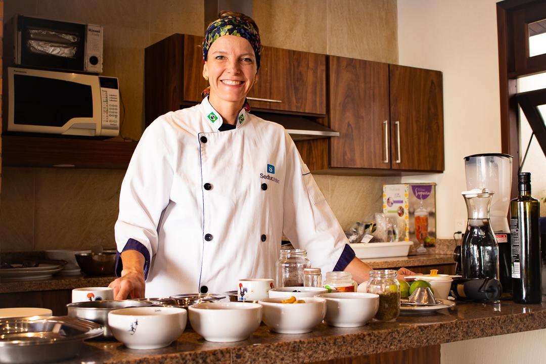 Das compras ao preparo, chef auxilia na busca da alimentação mais saudável