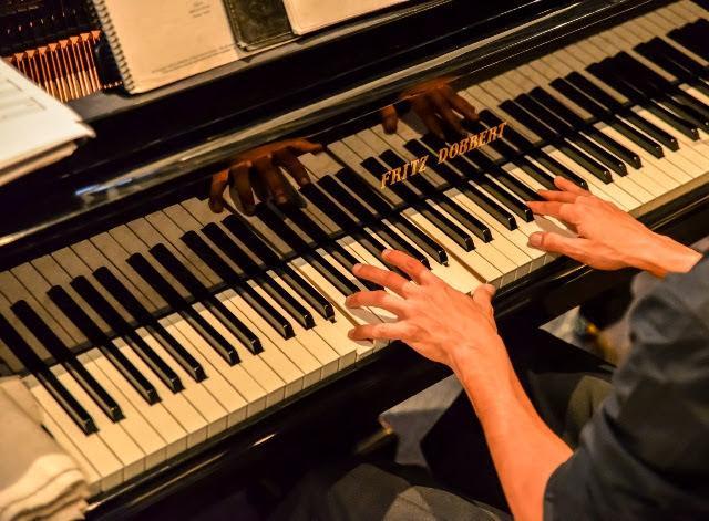 Menu Musical de fevereiro é embalado por Moacir Henrique
