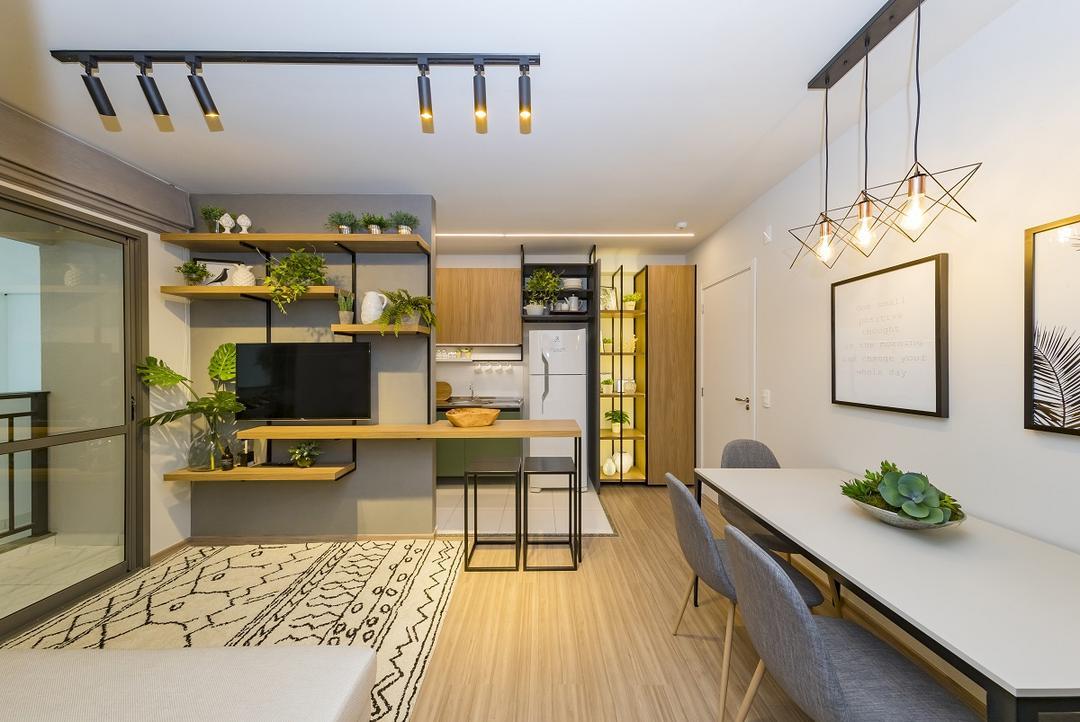 Madeira é material versátil para ambientes internos e externos