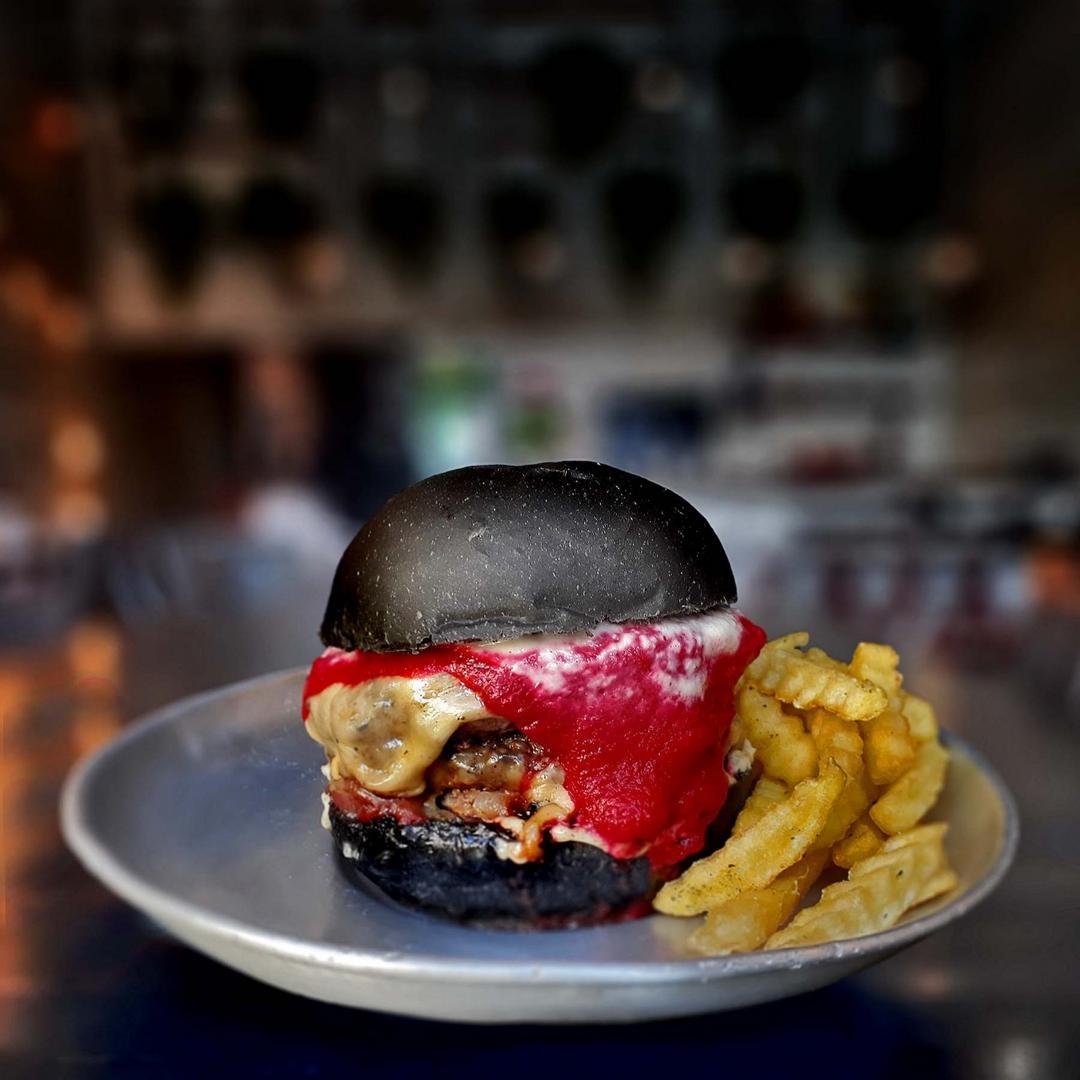 Rock'n Roll All Nite Burger para quem quer comemorar o Dia Mundial do Rock no Chelsea