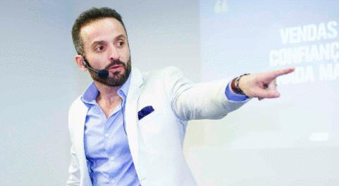 Business CWB 4.0 traz Clóvis de Barros Filho e Guilherme Machado ao Teatro Positivo