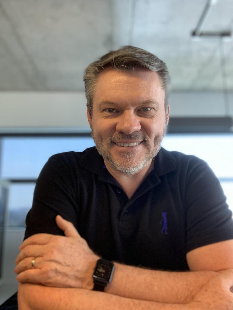 Dirceu Tiegs assume Diretoria de Gente & Gestão como CHRO da Rede Lojacorr