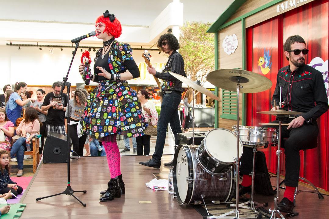 Dia das Mães será comemorado com show de rock no Shopping Estação