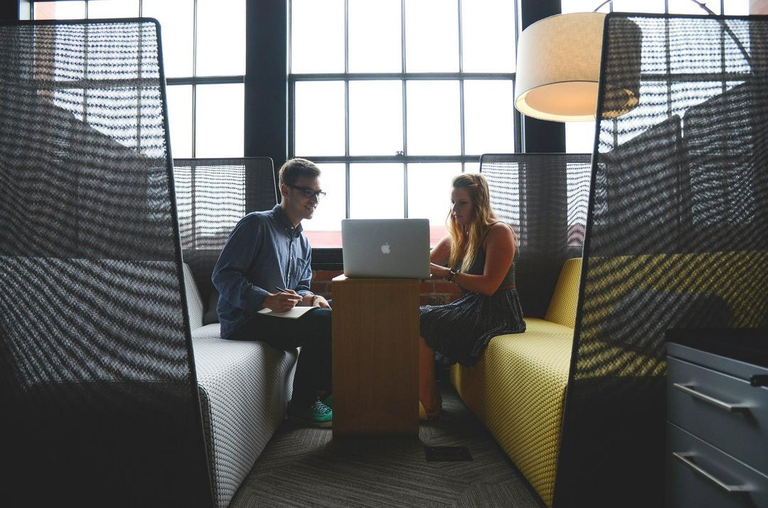 Sair do estágio inicial e atrair investimento são os principais desafios de empreendedores sociais