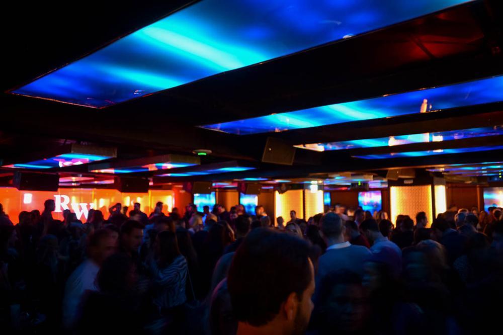 Curitiba ganha night club dentro de hotel