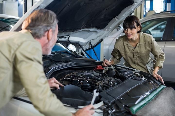 Sabe aquele estalo diferente que vem do motor do carro? É melhor investigar