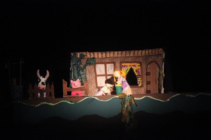 Teatro de Bonecos Dr. Botica apresenta adaptação do famoso conto João e Maria