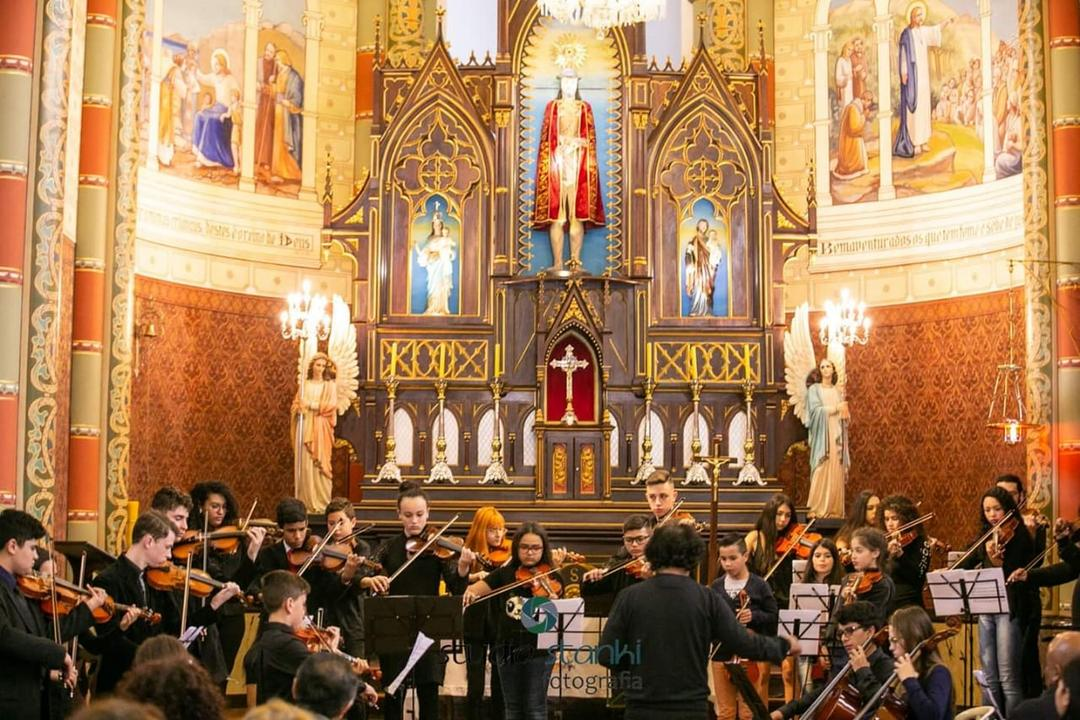 Orquestra Cordas do Iguaçu se apresenta no Palladium Curitiba