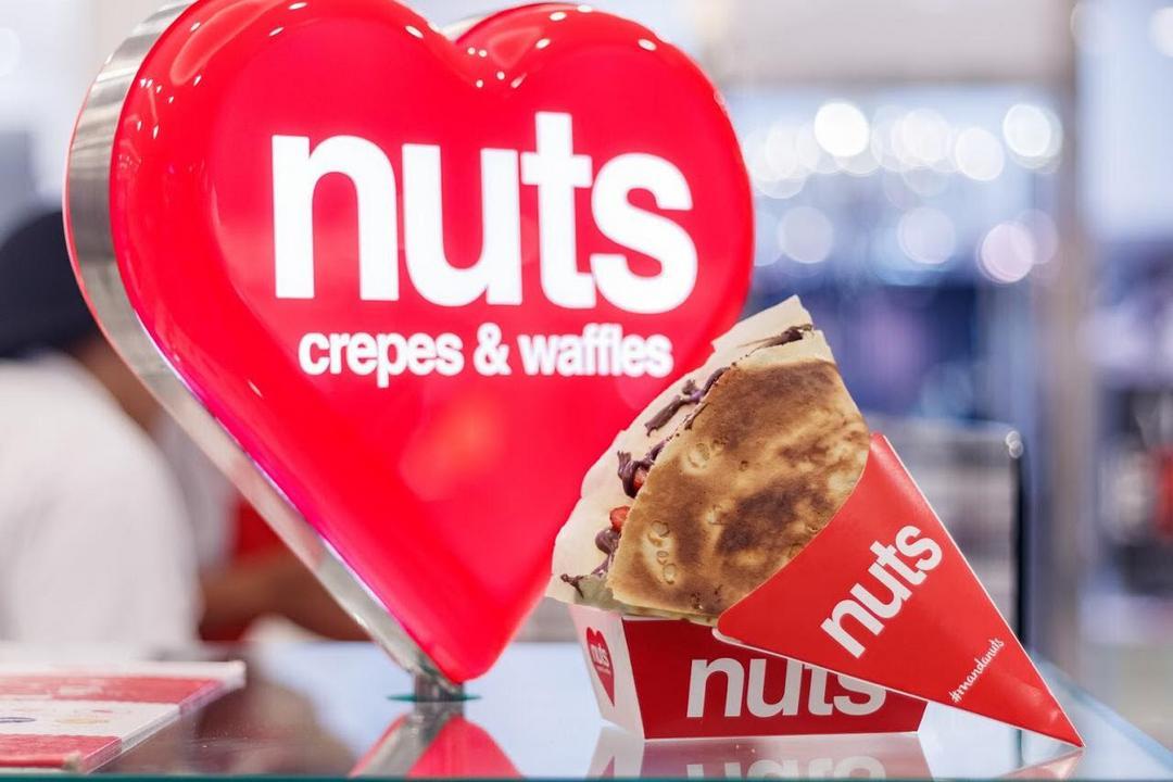 Único em Curitiba, quiosque de crepe express e mini waffles oferece diversas opções de recheio e cobertura