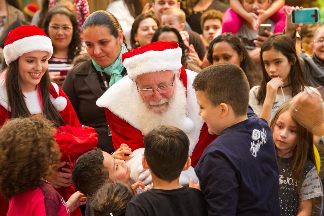 Papai Noel chega neste sábado (9/11) no Shopping Estação