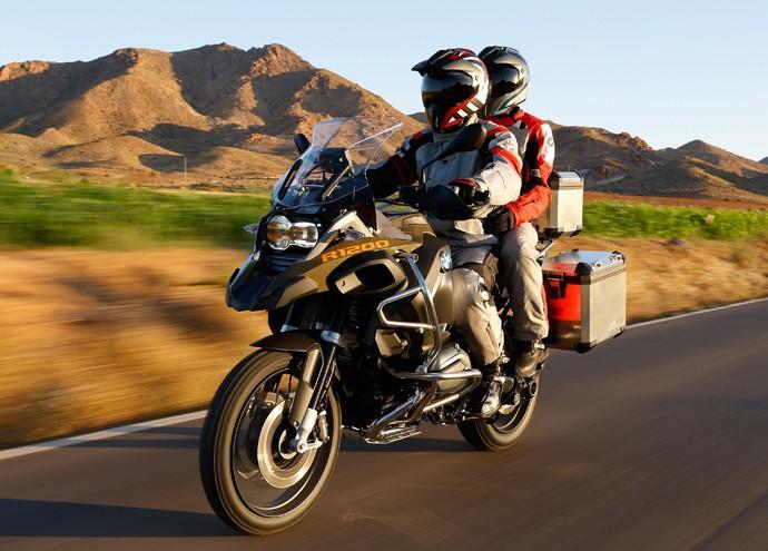Feriado mais seguro para motociclistas e garupas