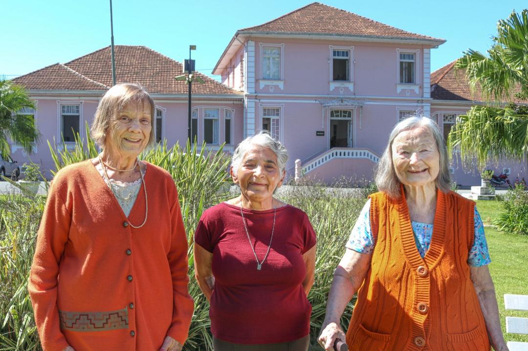 Mês dos Avós - projeto social arrecada doações para o Asilo São Vicente de Paulo