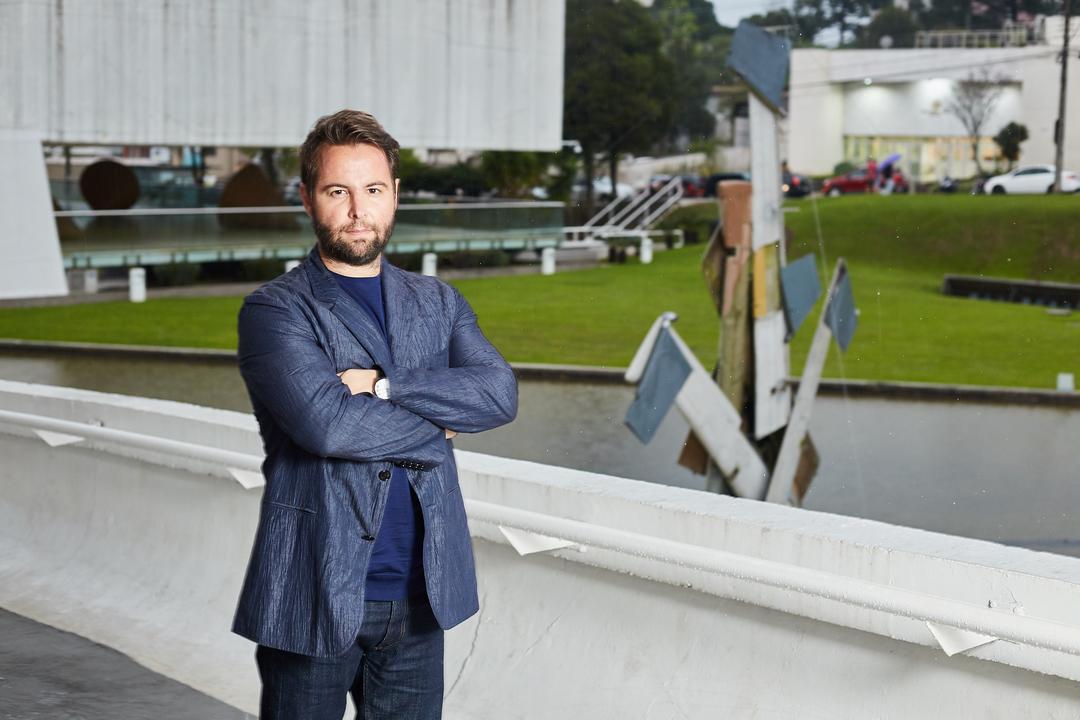 Marcos Amaro expõe obras na 14ª Bienal Internacional de Curitiba
