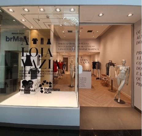 Shopping disponibiliza loja vazia para receber doações da Campanha do Agasalho