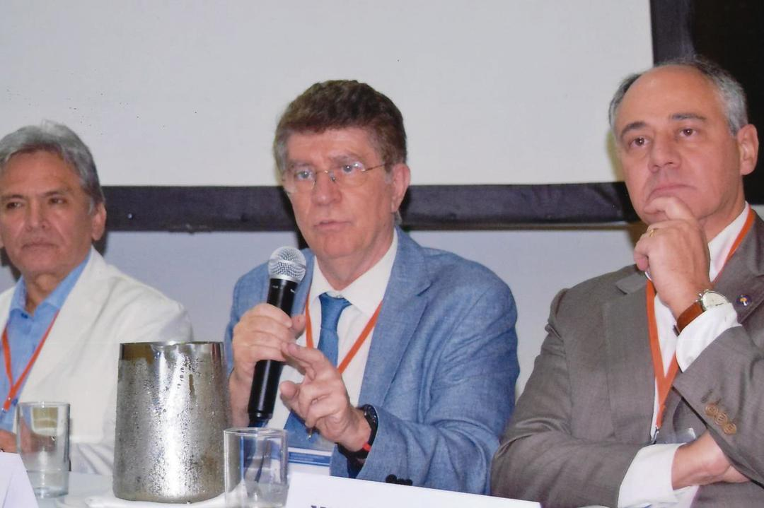 Diretor do Hospital INC é nomeado presidente de sociedade internacional de neurocirurgiões
