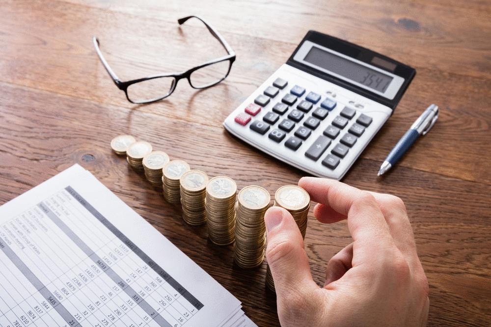 Em 2018, brasileiro trabalhou 153 dias para pagar impostos