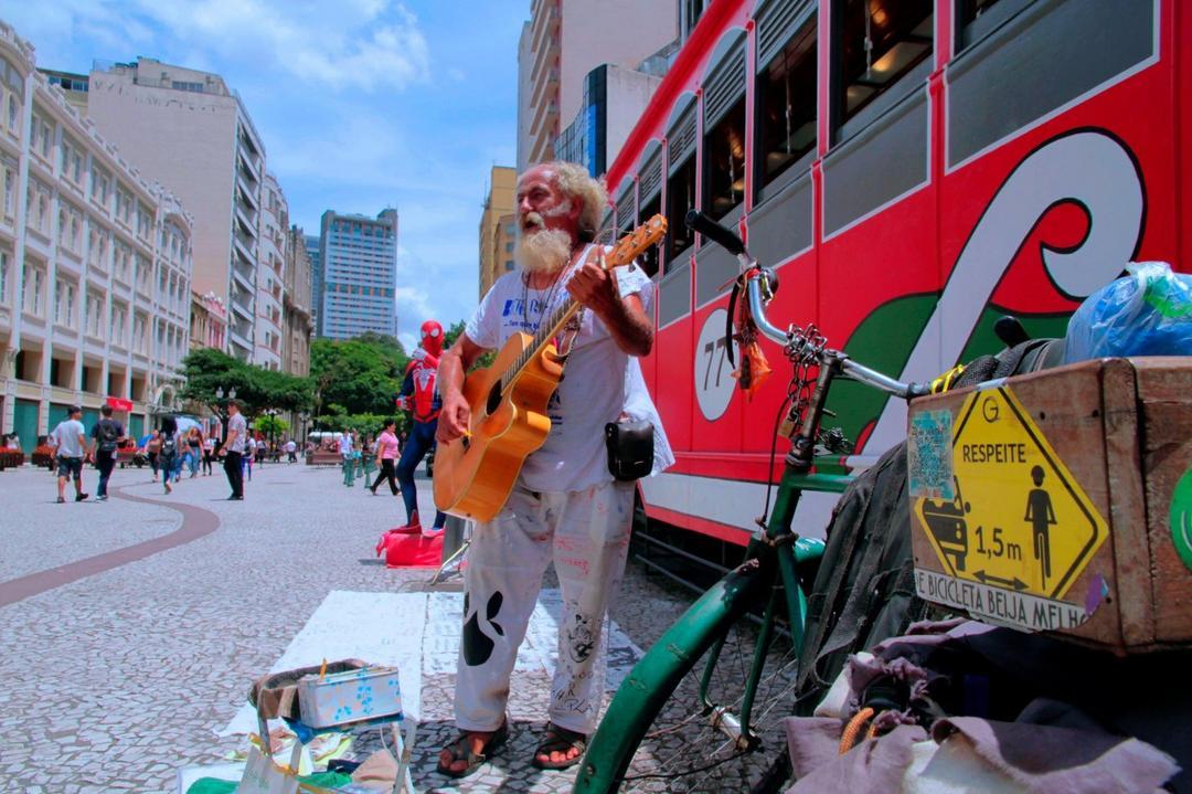 Segunda edição do Festival Plá celebra arte de rua de Curitiba
