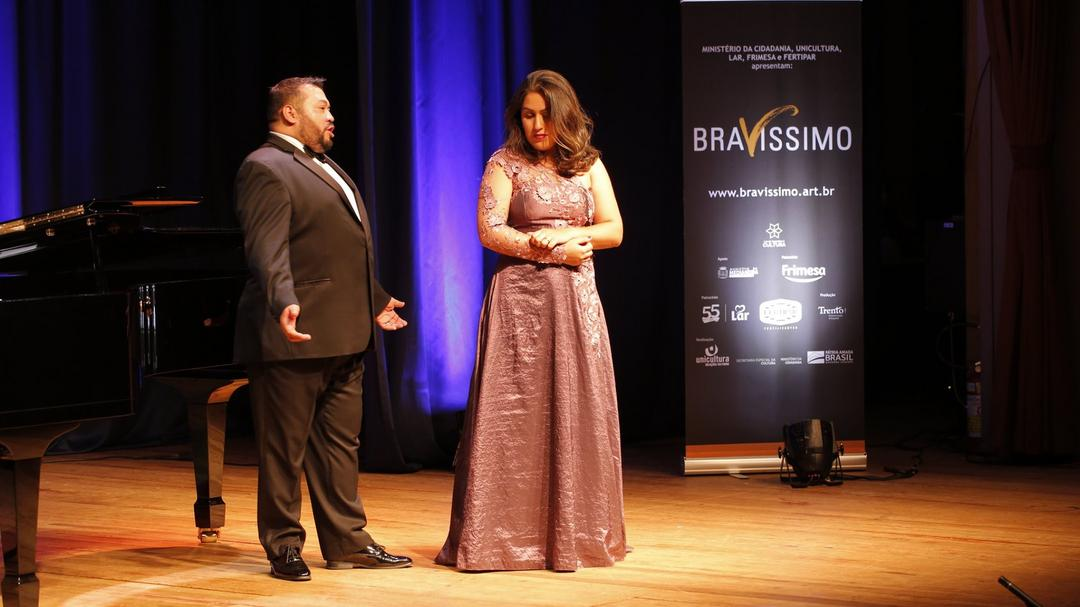 Projeto Bravíssimo transmite recital de ópera via rede social