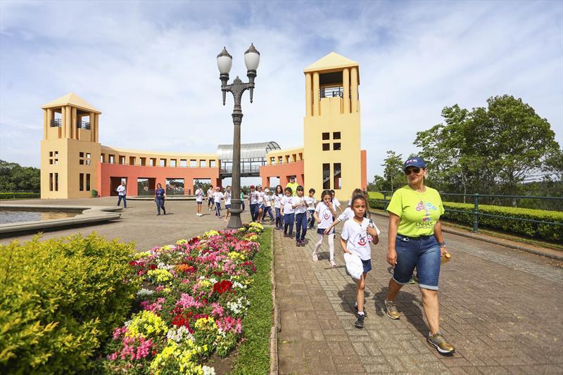 Uninter promove ação gratuita sobre cidades educadoras