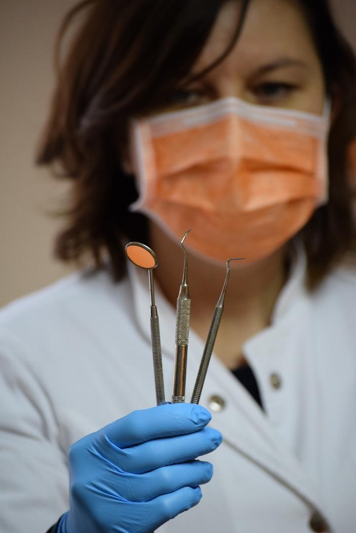 Coronavírus impõe mudanças na rotina de trabalho de dentistas