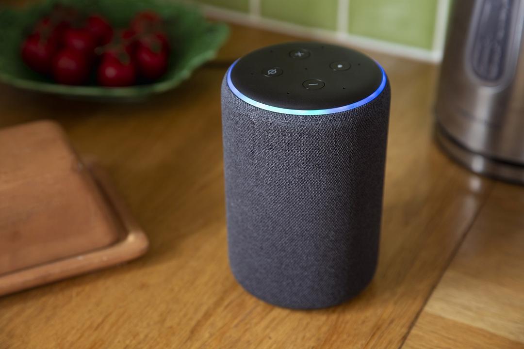 """Na onda dos assistentes virtuais, moradores de novo empreendimento de Maringá são surpreendidos com """"Alexa"""""""