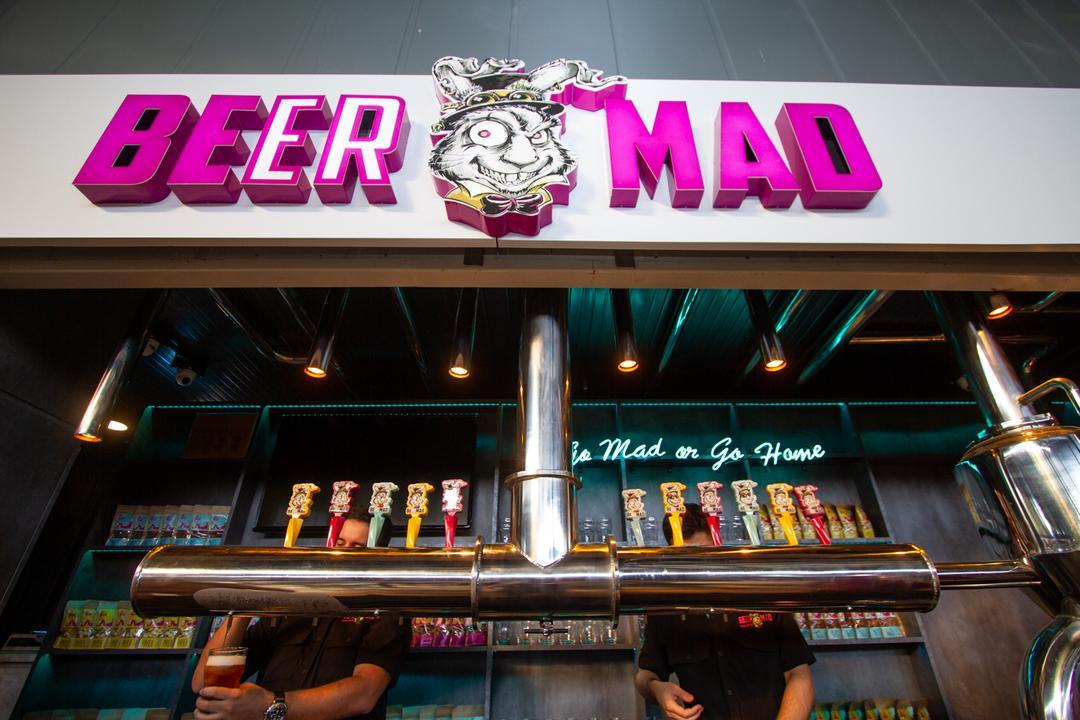 Chope verde a R$10 na Beer Mad em comemoração ao dia de São Patrício