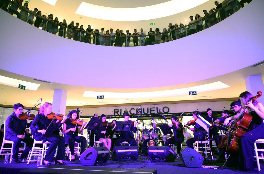 Dia Mundial do Rock: shopping promove show inédito e online