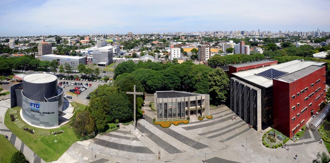 PUCPR é única Universidade privada do Paraná entre as melhores da América Latina