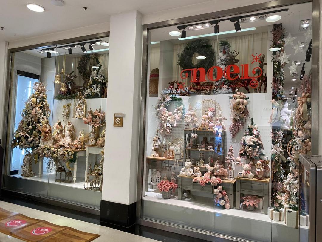 Noel inaugura loja com mais de mil itens natalinos no Shopping Curitiba