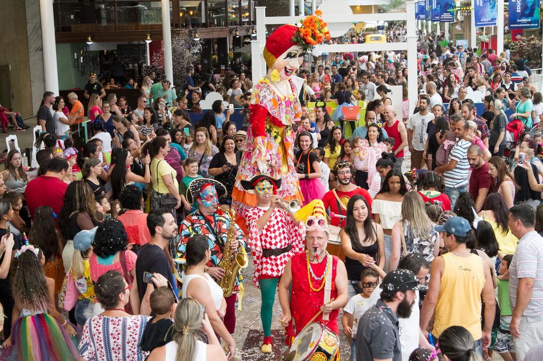 Shopping Estação promove fim de semana com o tradicional Bailinho de Carnaval