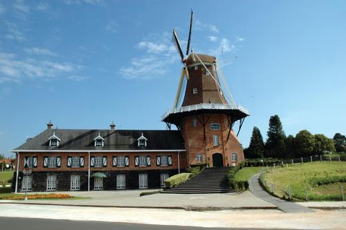 Embaixada holandesa participa de Encontro do Agronegócio no Paraná