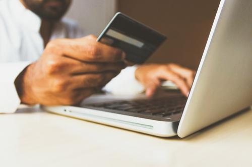 Três dicas para não transformar o cartão de crédito em vilão