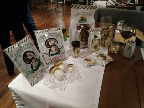 Empresários italianos apresentaram produtos calabreses inéditos em Curitiba (PR)