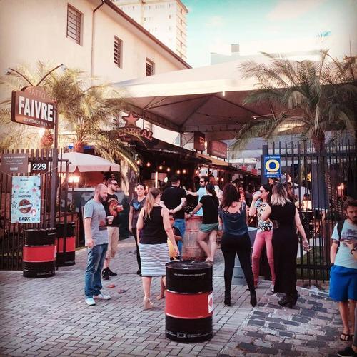 Pátio Sunset une gastronomia, cerveja artesanal e música eletrônica neste sábado