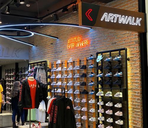 Swarovski, Jogê e Artwalk estão entre as inaugurações do Shopping Curitiba
