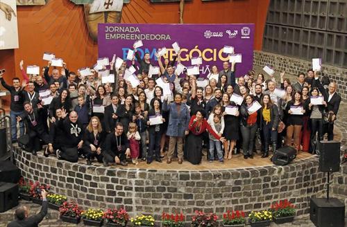 Uninter capacitou cerca de 100 micro e pequenos empreendedores de Curitiba