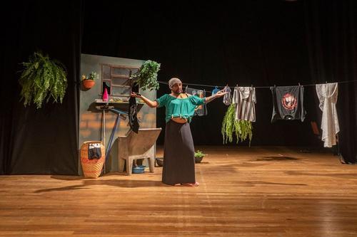 Curitiba recebe o show da Lurde