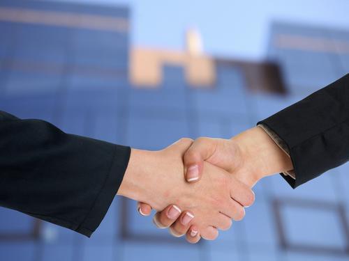Rede Lojacorr tem 14 renovações de contratos com companhias