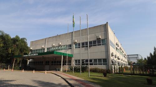 Positivo anuncia compra de escola em Florianópolis