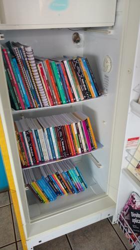 Gelatecas disponibilizam livros para a comunidade
