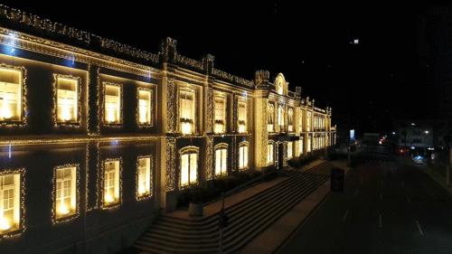 Shopping Curitiba inaugura decoração de Natal