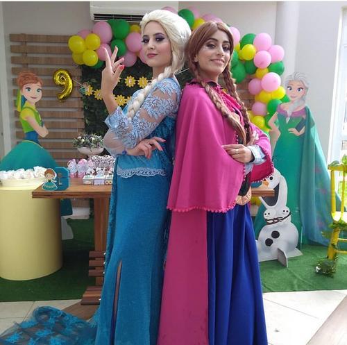 Personagens de Frozen espantam o frio neste domingo na Rialto