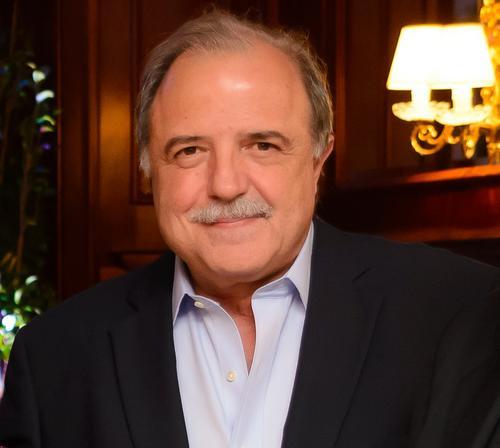 ADVB-PR elege Aníbal Tacla como empresário do ano