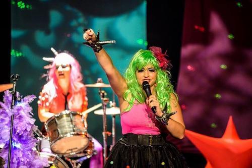 Dia dos Pais será comemorado com show da banda Rockids no Shopping Estação