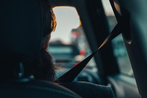Motoristas devem redobrar os cuidados ao voltar à rotina das estradas