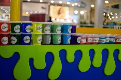 Últimos dias para aproveitar as oficinas de slime do Shopping Curitiba
