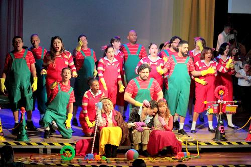 Dia das crianças é comemorado com música clássica no Teatro Positivo